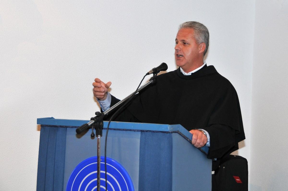 Fra Žarko Relota, predavač na temu Obitelj nas uči vjerovati - obiteljsko zajedništvo za zdravu vjeru